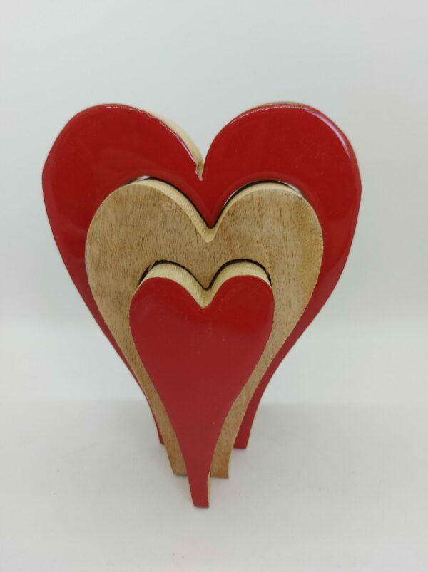 decoratie-hart-rood-hout